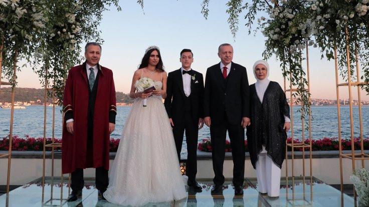 Erdoğan, Mesut Özil'in nikah şahidi oldu