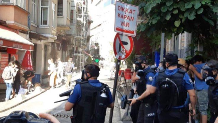 Polis, Onur Haftası kutlamasına saldırdı