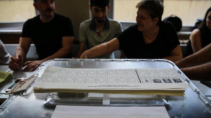 İstanbul seçiminde sandıklar kapandı