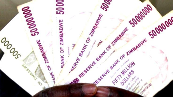 Zimbabve ulusal paraya geri dönüyor