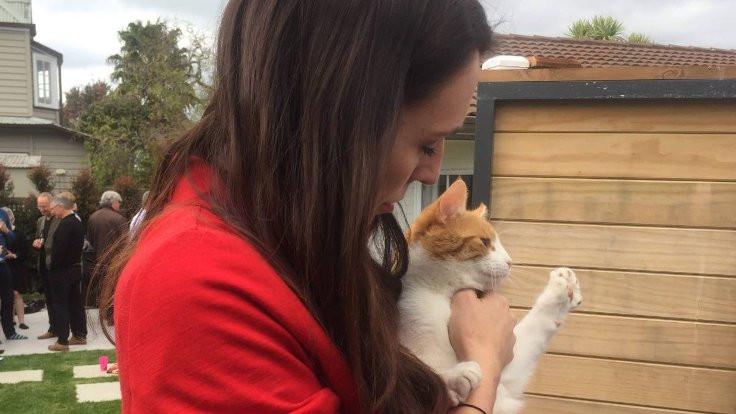 'Jacinda Ardern'in kedisini ben öldürdüm'