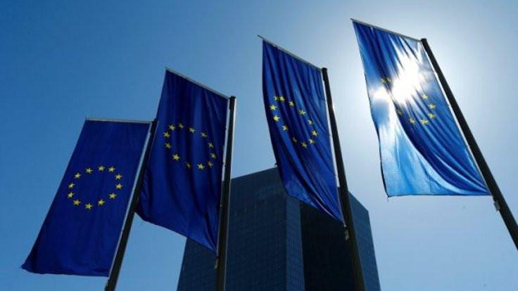 AB'den 5 ülkeye finansal erişim kısıtlaması