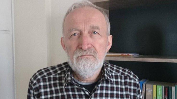 Gazeteci Aykol cezaevine konuldu