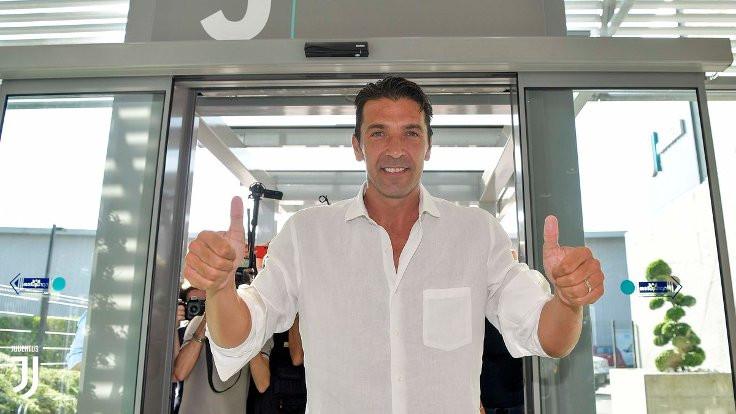 Gianluigi Buffon yeniden Juventus'ta