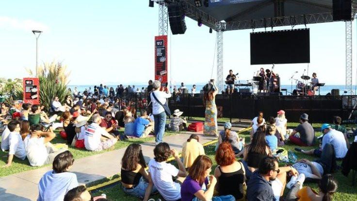 Kadıköy'de festival zamanı