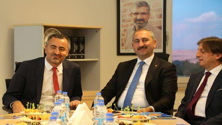 Diyarbakır Barosu'na Gül ziyareti