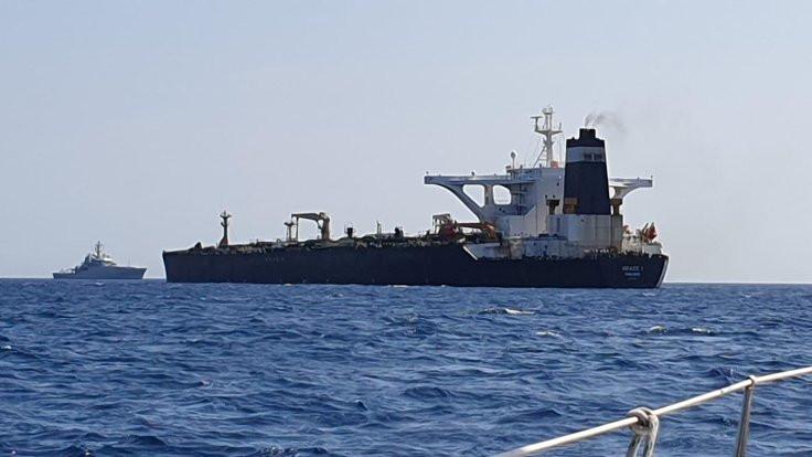 Suriye'ye giden İran tankerine el kondu