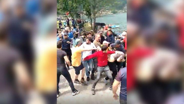 Saldırıya uğrayan Kürt turistlere sınırdışı