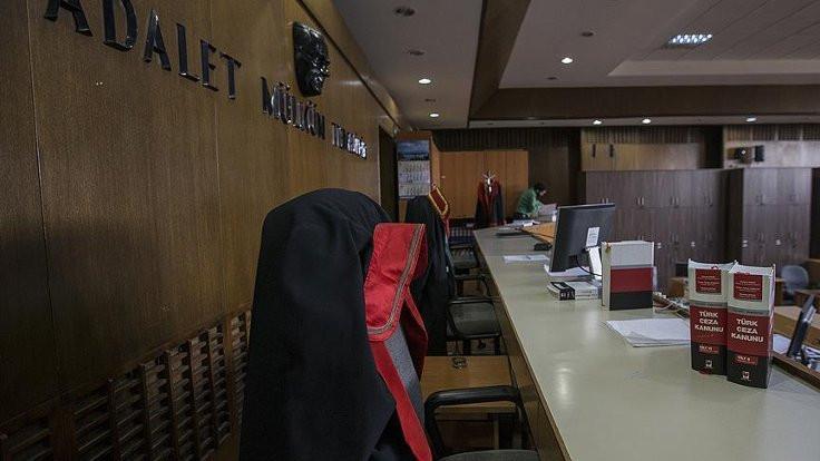 Gülen'in yeğenlerine hapis cezası