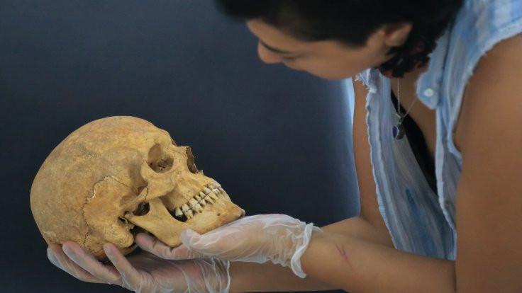 2 bin 200 yıllık beyin ameliyatı