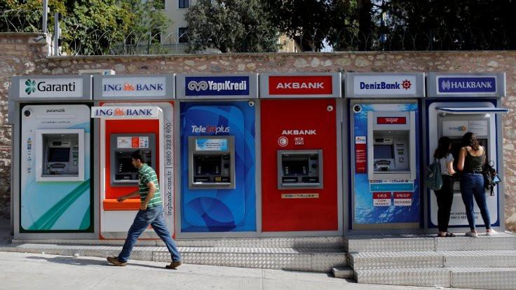 Bankalarda üç yılın en düşük ilk yarı kârı