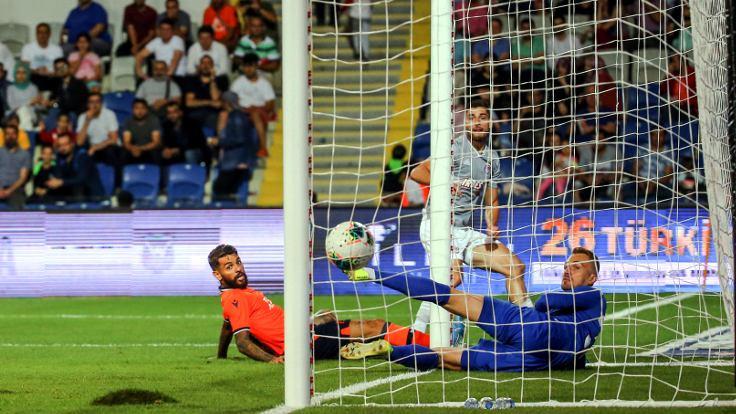 Başakşehir, Olympiakos'a mağlup oldu