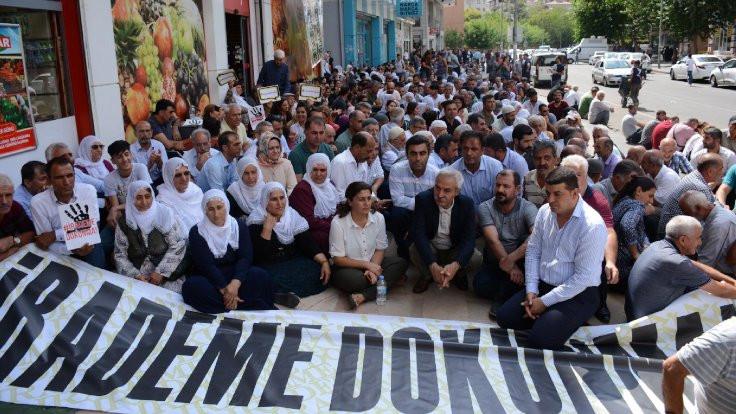 Diyarbakır'da kadınlar kayyımı protesto etti