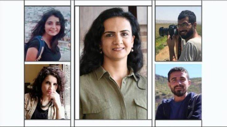 Beş gazeteci serbest bırakıldı
