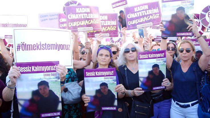Kadınlar Emine Bulut cinayetini protesto etti