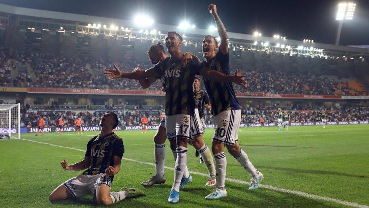 Fenerbahçe, geriye düştüğü maçı 90+3'te kazandı