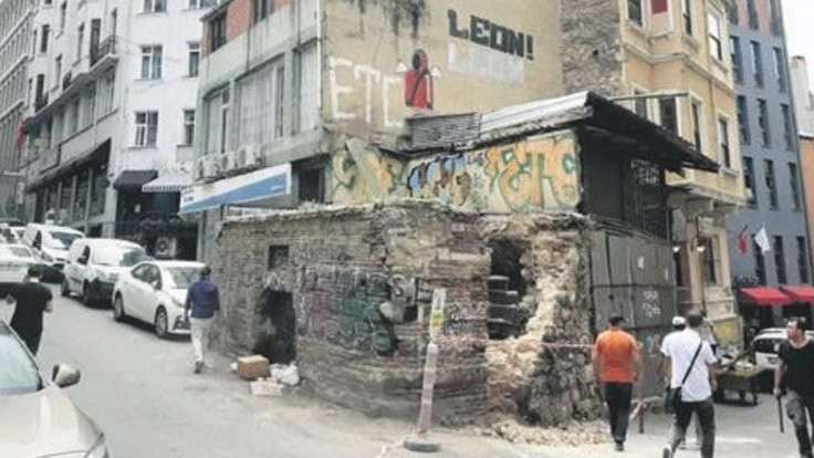 Mimar Sinan'ın yaptığı çeşme yıkıldı