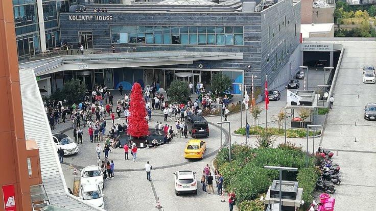 Depremin ardından İstanbul sokakları - Sayfa 2