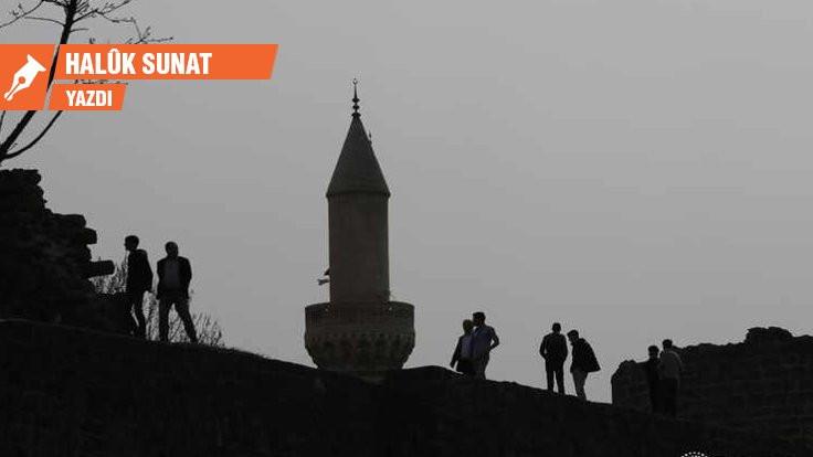 'Müslümanlık Sözleşmesi' ve Öcalan