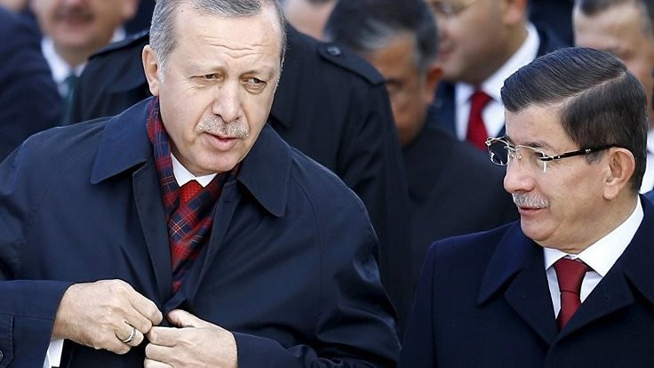 Sabah yazarından Davutoğlu'na 'arşiv' göndermesi