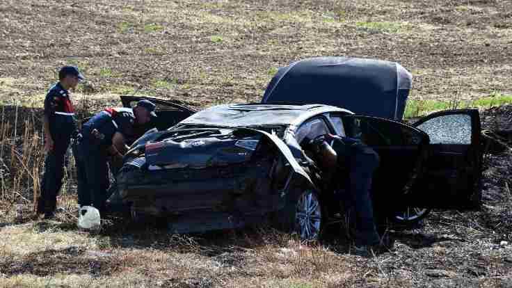 CHP'li başkanın konvoyunda kaza
