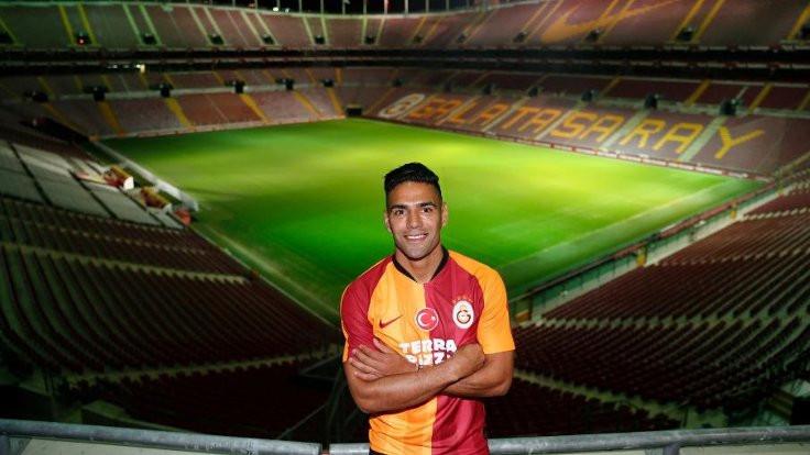 Galatasaray bir günde dört transfer açıkladı