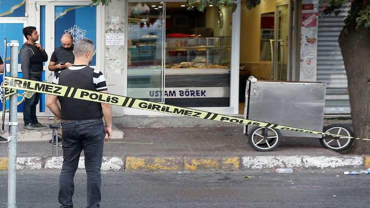 Beyoğlu'nda işyerine silahlı saldırı