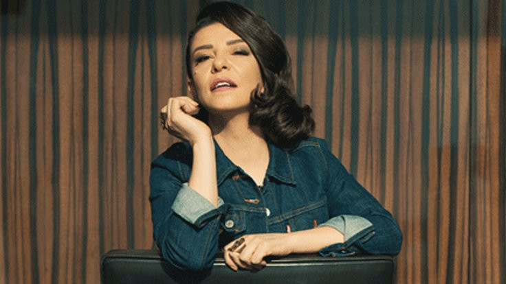 Fatma Turgut sahnede