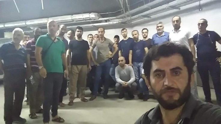 Aysekar işçileri Mekke'de iş bıraktı
