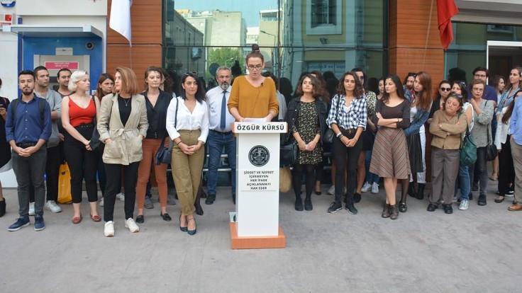 İzmir Barosu LGBTİ+ Hakları Komisyonu kuruluşunun birinci yılını kutladı