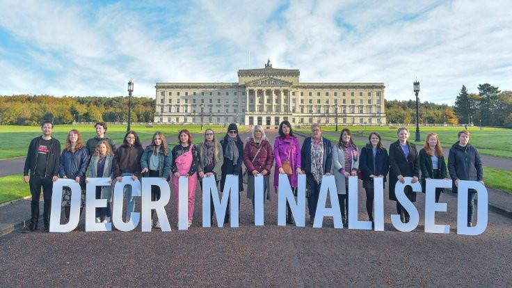 Kuzey İrlanda'da kürtaj yasallaştı