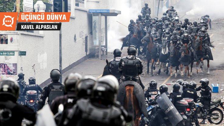Üçüncü Dünya: Meclisi basılan, başkenti taşınan Ekvador'da neler oluyor?