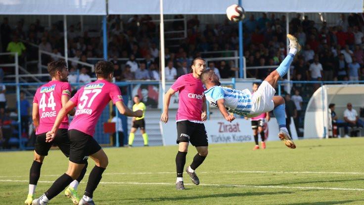 5 gollü maçta kazanan Kasımpaşa