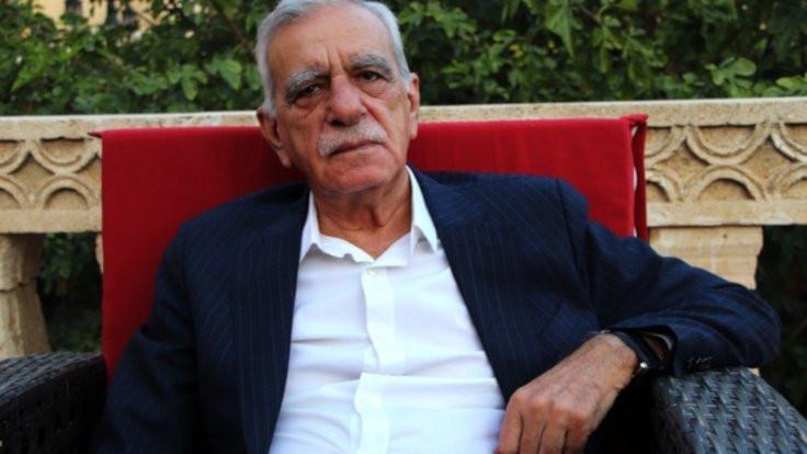 Türk: Kürtleri düşman etmenin ne faydası var?