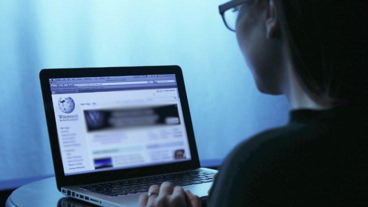 Wikipedia savunması için Türkiye'ye ek süre