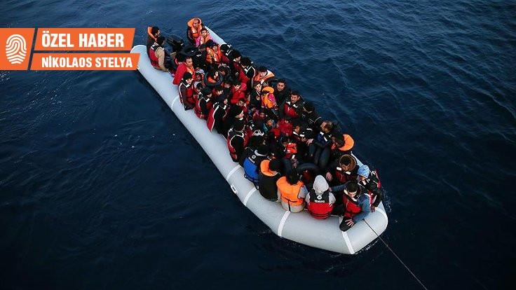 Mülteciler Yunan adalarından uzaklaştırılıyor