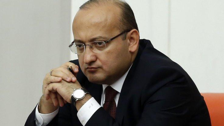 Yalçın Akdoğan 'genel başkan danışmanı' oldu