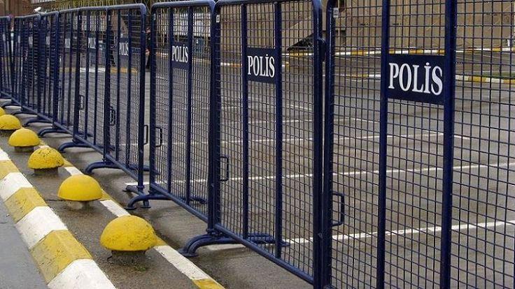 Adana'da gösteri yasağı uzatıldı
