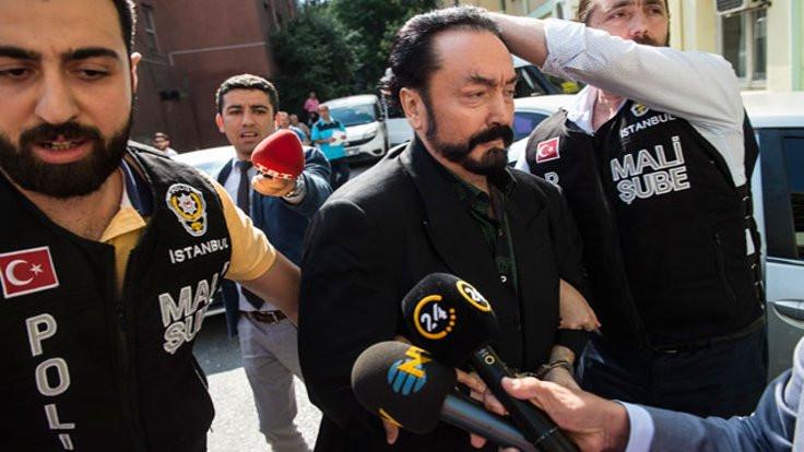 Adnan Oktar davası 12 Kasım'a ertelendi