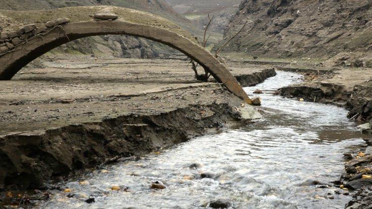 Baraj çekildi köprü çıktı - Sayfa 2