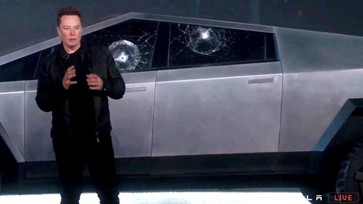 'Kırılmaz' cam kırılınca Elon Musk küfretti