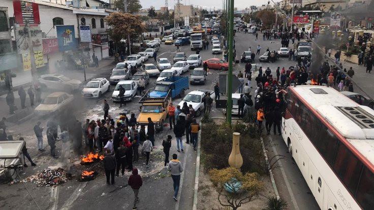 Ruhani'den zam açıklaması: Artış halkın menfaatleri doğrultusunda