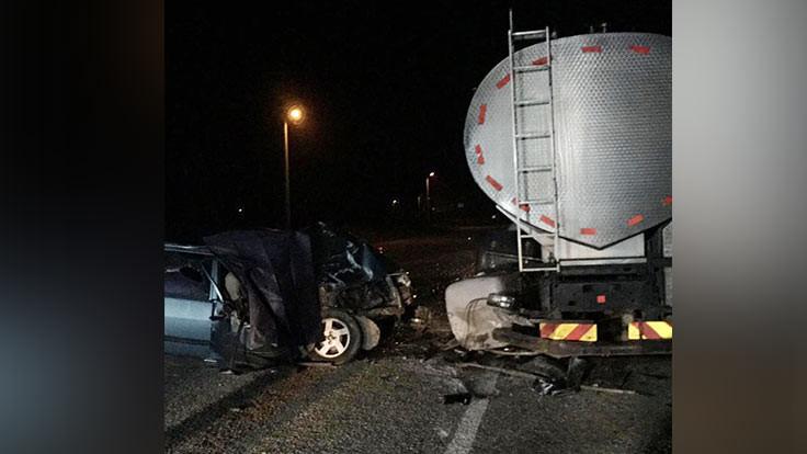 Otomobil tankere çarptı: 1 ölü