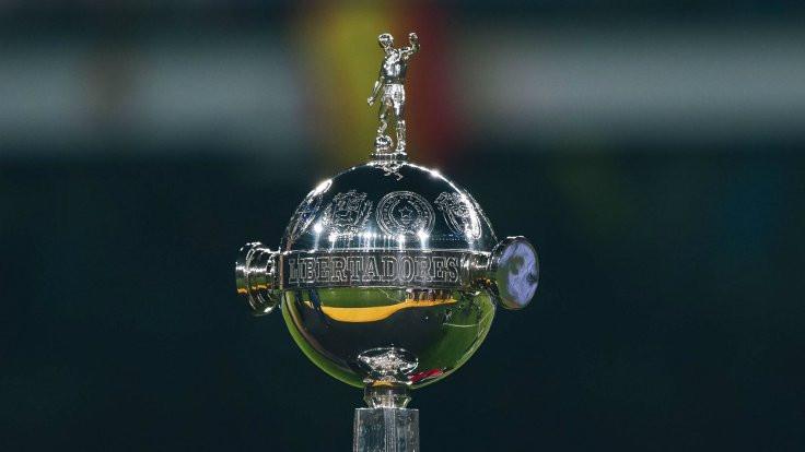 Libertadores Kupası finali Şili'den alındı
