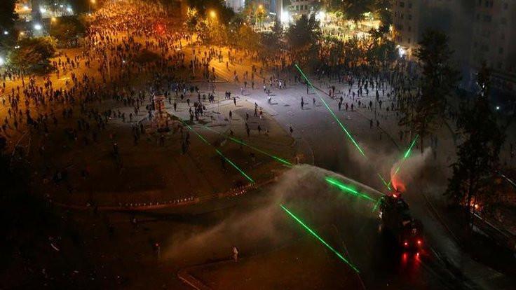 Göstericiler lazerle drone düşürmeyi keşfetti!