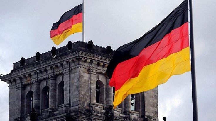 Almanya'da imamlara dil şartı geliyor