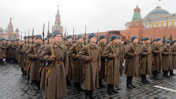 Kızıl Ordu'dan Kızıl Meydan'da prova