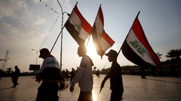 Irak'ta 'milyonların protestosu' başladı