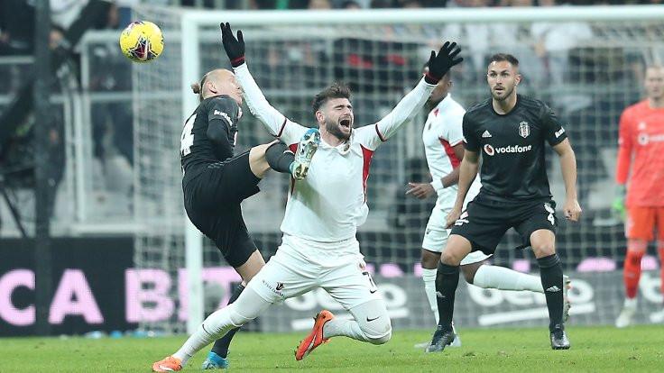 Gençlerbirliği 9 kişi kaldı, Beşiktaş 4-1 kazandı