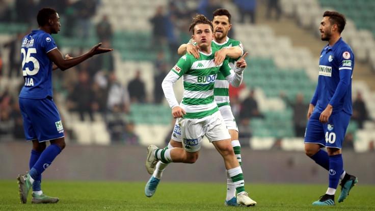 Bursaspor kupaya galibiyetle veda etti